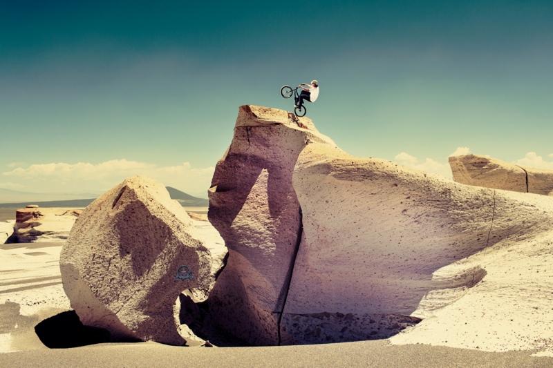 bmx redbull desierto.jpg